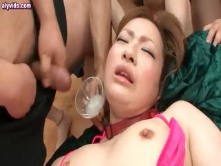 Asian cutie gets rubbed in..