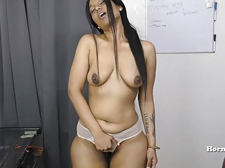 Indian Aunty seducing her..