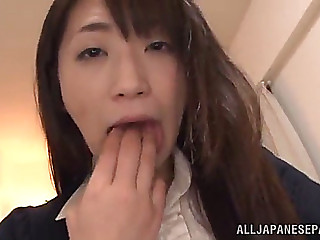 Japanese babe sticks a hard..
